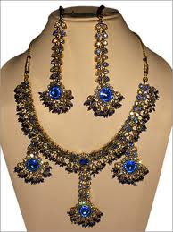 vintage Luxury necklace with earrings