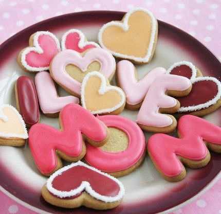 Make some cookies of your Mother's name of LOVE MOM.